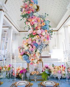 How amazing is this table scape? The floral design is to die for. Marie's Wedding, Star Wedding, Wedding Table, Floral Wedding, Wedding Flowers, Dream Wedding, Wedding Reception Decorations, Wedding Themes, Wedding Centerpieces