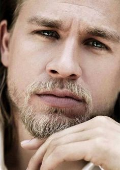 Charlie Hunnam // Jax Teller from Sons of Anarchy Sons Of Anarchy, Moustaches, Brad Pitt, Pretty People, Beautiful People, Beautiful Things, Charlie Hunnam Soa, Jax Teller, Raining Men