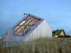 Inspiratie: strakke houten woning in de duinen