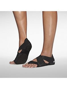The Nike Studio Wrap 3 Women s Training Shoe is designed to help you make  the most of workouts typically done in bare feet 86b056cd0