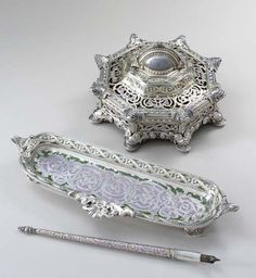 SILVER AND ENAMEL WRITING SET MADE FOR THE PAN-AMERICAN EXPOSITION, BUFFALO, 1901 MARK OF TIFFANY & CO., NEW YORK, 1901; DESIGNED BY PAULDING FARNHAM