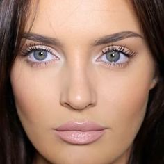 This contoured perfection. | 19 Chloe Morello Looks You'll Want To Try Immediately