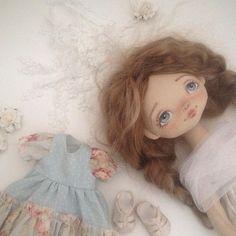 Скоро будет новая девочка  пока в наличии #скоро #весна #весеннеенастроение #хорошеенастроение #выходные #интерьер #декор #длясебя #дом #текстильнаякукла #кукла #купить #куклаизткани #подарок #необычныйподарок #хендмейд #handmade #lavka_craft #doll #interior #decor #gif #moscow #monica #москва #санктпетербург