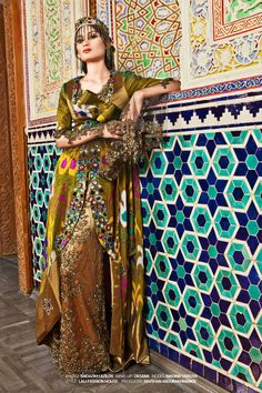 Uzbek lady in traditional clothes