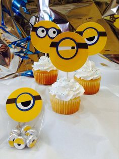 Minion birthday party favors, Minion gift bag party idea cupcake topper blue gold treat bag, Despicable Me