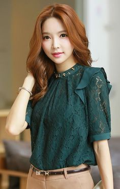 StyleOnme_Ruffle Shoulder Detail Half Sleeve Lace Blouse #green #lace #blouse…