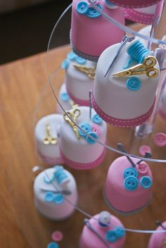 mini cakes sewing