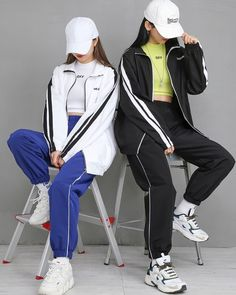 Pick your fav or 🌸 ° ° ° ° ° ° Twin Outfits, Kpop Outfits, Edgy Outfits, Korean Outfits, Pretty Outfits, Cute Outfits, Fashion Outfits, Korean Street Fashion, Korea Fashion