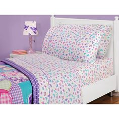 American Kids Butterfly Sheet Set - I hope I can still find these at my local Walmart store.