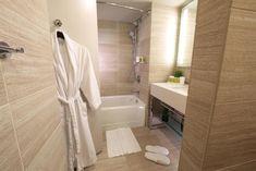 Booking.com: Hotel Millennium Hilton New York One UN Plaza , New York, USA - 3930 Gästebewertungen . Buchen Sie jetzt Ihr Hotel! New York One, Alcove, Hotels, Bathtub, Usa, Bathroom, Double Room