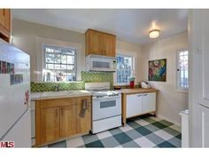 1920s Spanish Bungalow in Mid-Wilshire Asking $449k - Curbed LAclockmenumore-arrow :
