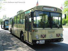 Bahnen und Busse - DB O 305 des Historischen Stadtverkehrs Lübeck - Foto und Elektronische Postkarte