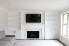White built ins - White BuiltIns Around the Fireplace Before and After – White built ins Bookshelves Around Fireplace, Wall Units With Fireplace, Built In Around Fireplace, Living Room Decor Fireplace, Fireplace Built Ins, Home Fireplace, Bookshelves Built In, Fireplace Remodel, Fireplace Design