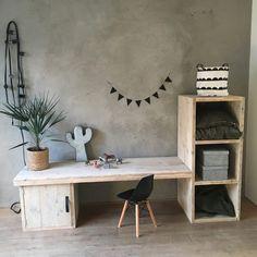 Playroom Flooring, Playroom Furniture, Kids Furniture, Cool Bedrooms For Boys, Kids Bedroom, Bedroom Decor, Kids Art Corner, Floor Desk, Study Table Designs