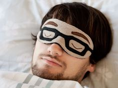 SEW A SLEEP MASK WITH GLASSES PATTERN