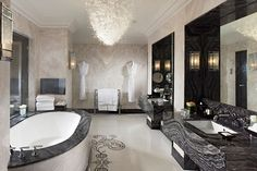 Royal Suite, Bathroom - Mandarin Oriental Hotel, London, England