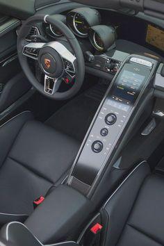 Photographs of the 2015 Porsche 918 Spyder. An image gallery of the 2015 Porsche 918 Spyder. Volkswagen, Lamborghini, Ferrari, Porsche 918 Spyder, Car Goals, Transportation Design, Car Wallpapers, Alfa Romeo, Hot Cars