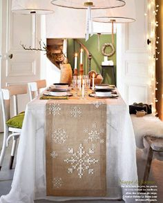 And the Christmas table? - Love'n the burlap & snowflakes =)