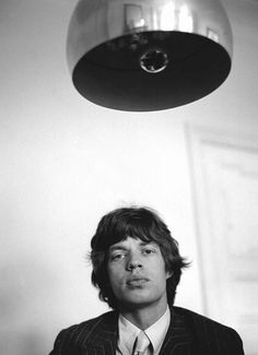 """""""Mick Jagger at new Harley House apartment, Marylebone, Photo by Gered Mankowitz. Vintage Pictures, Cool Pictures, New Harley, Stone World, Charlie Watts, Dazed And Confused, British Rock, Keith Richards, Mick Jagger"""