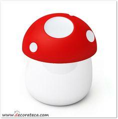 Salero de cerámica con tapa de silicona en forma de seta roja - WWW.DECORATECA.COM