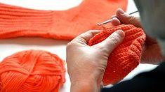 Virkattu villasukka ei kalpene neulotulle. Kuva: Jenny Huttunen