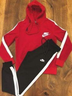 Womens nike sweatsuit brand new. Las Vegas, Girl Gang, Suits, Cargo Pants, Athleisure, Adidas Jacket, Nike Women, Brand New, Costumes
