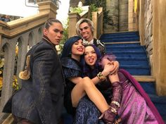 Suit of armer strong and true Make this metal bust a move! Descendants Pictures, Descendants Characters, Disney Channel Descendants, Disney Descendants 3, Descendants Cast, Disney Channel Stars, Booboo Stewart, Image Film, Film Disney