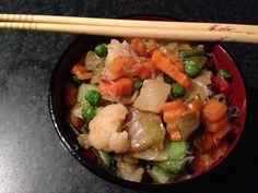 Spaghetti di soia con ginger e verdure.