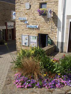 Notre Office de Tourisme. Tourist Information, Plants, Brittany, Plant, Planets