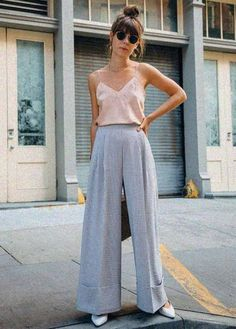 Street Style High Waisted Wide Leg Square Pants Outfit for Top Don't Buy A Down Comforter Until You Street Style Outfits, Cool Outfits, Casual Outfits, Elegant Summer Outfits, Casual Dresses, Modest Fashion, Fashion Outfits, Womens Fashion, Fashion Trends