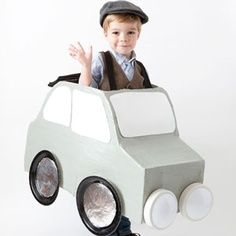 This Car Costume is simple to make and downright adorable. Click here for tutorial.