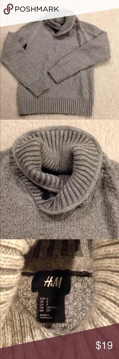 Cozy sweater Adorable cozy and chic cotton and wool blend sweater H&M Sweaters Crew & Scoop Necks