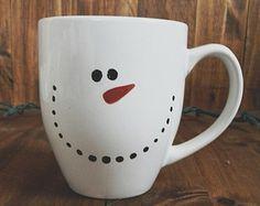 Snowman mug (Creative Baking Sharpie Mugs) Sharpie Projects, Sharpie Crafts, Sharpie Mugs, Snowman Mugs, Snowman Crafts, Snowmen, Snowman Faces, Holiday Crafts, Holiday Fun