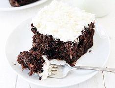 A kókusz és a csoki fantasztikus ízkavalkádjában fel sem tűnik, milyen zseniális trükkel szorítottad vissza a szénhidrátot ebben az isteni sütiben...