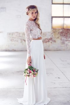 New wedding boho chic dress crop tops 56 ideas Disney Wedding Dress, Boho Chic Wedding Dress, Two Piece Wedding Dress, Trendy Wedding, Wedding Dress Crop Top, Lace Wedding, Prince Charmant, Crop Top Dress, Hippie Dresses