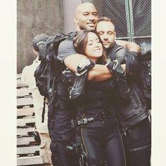 "fyeahskye: "" "" The Marvel's family is back together, TONIGHT at 9 Le Shield, Shield Cast, Agents Of Shield Seasons, Marvels Agents Of Shield, Agents Of Shield Daisy, Iain De Caestecker, Marvel Actors, Marvel Avengers, Marvel Comics"