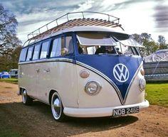 Volkswagen Minibus, Volkswagen Bus, Vw T1, Classic Campers, Vw Classic, Camper Van Life, Vw Camper, Combi T1, Combi Split