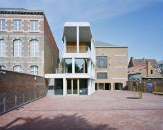 Architectura - Le Mundaneum se révèle autour d'un vide architecturé