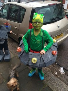 Aliens in underpants  sc 1 st  Pinterest & World Book Day costume. Aliens Love Underpants. Papier mache ...