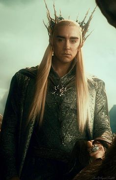 Thranduil, i just had to pin him on my eyebrow board, i mean theyre gorgeous :D