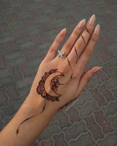 Pretty Henna Designs, Modern Henna Designs, Latest Henna Designs, Henna Tattoo Designs Simple, Finger Henna Designs, Beginner Henna Designs, Mehndi Designs Feet, Stylish Mehndi Designs, Mehndi Design Photos