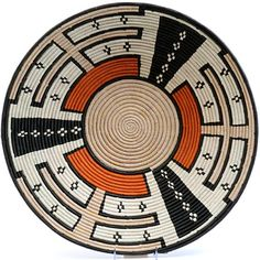 Our collection of Fair Trade African baskets from Uganda includes Rwenzori baskets and Bukedo & Raffia baskets – popular wall display baskets! African Design, African Art, Native American Baskets, Indian Baskets, African Sunset, Tapestry Crochet Patterns, Pine Needle Baskets, African Home Decor, Basket Decoration