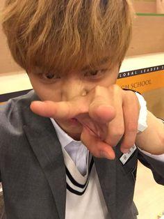 รูปภาพและวิดีโอโดย 육성재 (@BTOB_6SJ) | ทวิตเตอร์ Sungjae Btob, Im Hyunsik, Minhyuk, Who Are You School 2015, When Life Gets Hard, Yongin, Lil Boy, Hate Men, Cube Entertainment