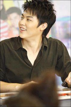 Mark Prin, Thai Drama, Blackpink Lisa, Hot Boys, Korean Actors, Superstar, Handsome, Mens Fashion, Collections