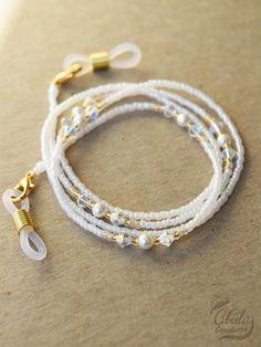 Waist Jewelry, Beaded Jewelry, Beaded Bracelets, Eyeglass Holder, Swarovski, Bijoux Diy, Reading Glasses, Eyeglasses, Jewelery