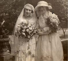 1920s bride with her bridesmaid