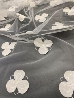 Tulle brodé avec ajout d'une fleur Coloris Naturel Polyester coton et polyamide Largeur 135 CM Spring/ Summer 2022 Jean Bracq Polyester, Tulle, Spring Summer, Jewelry, Embroidery, Cotton, Flowers, Jewlery, Jewerly