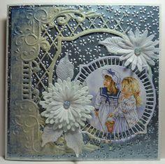 """Hallo allemaal... Een paar """"blauwtjes"""" deze keer...Het karton is van een erg mooie blauwe kleur, Joke, van... 3d Cards, Marianne Design, Birthday Cards, Christmas Cards, Projects To Try, Paper Crafts, Design Inspiration, Joy, Scrapbook"""