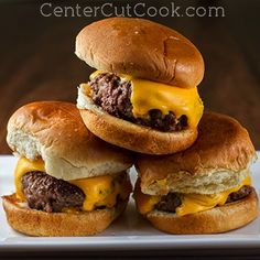 juicy-mini-burgers-with-special-sauce