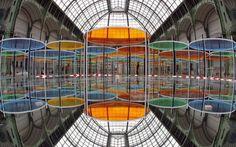 Excentrique(s) - Caleidoscopica installazione di Daniel Buren